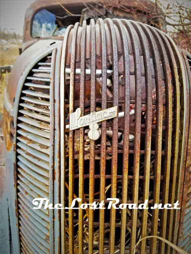 Grill of a 1938 Pontiac V8 slant-back Sedan