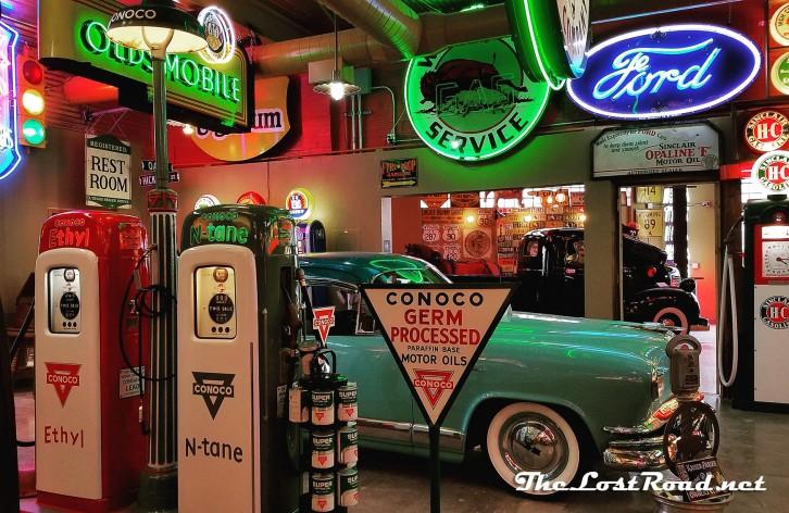 Kaiser Manhattan Frontier Auto Museum